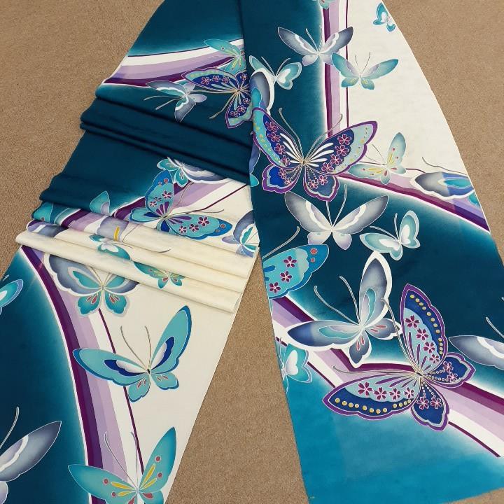 正絹 60481 ブルー 蝶々 ラインストーン 白色 はぎれ ハギレ リメイク ハンドメイド