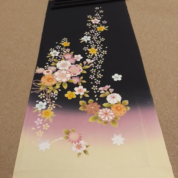 正絹 61405 黒色 クリーム色 花柄 桜 シルク350cm はぎれ ハギレ リメイク ハンドメイド