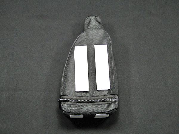 ベンツ純正品 純正1Lオイルボトル車載用ケースセット(A0005852503)_画像5