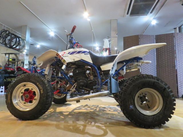 「□YAMAHA YF200 3JM ヤマハ ブラスター フルカスタム レーサー 200cc ホワイト 実動! バギー ATV バイク 札幌発」の画像2