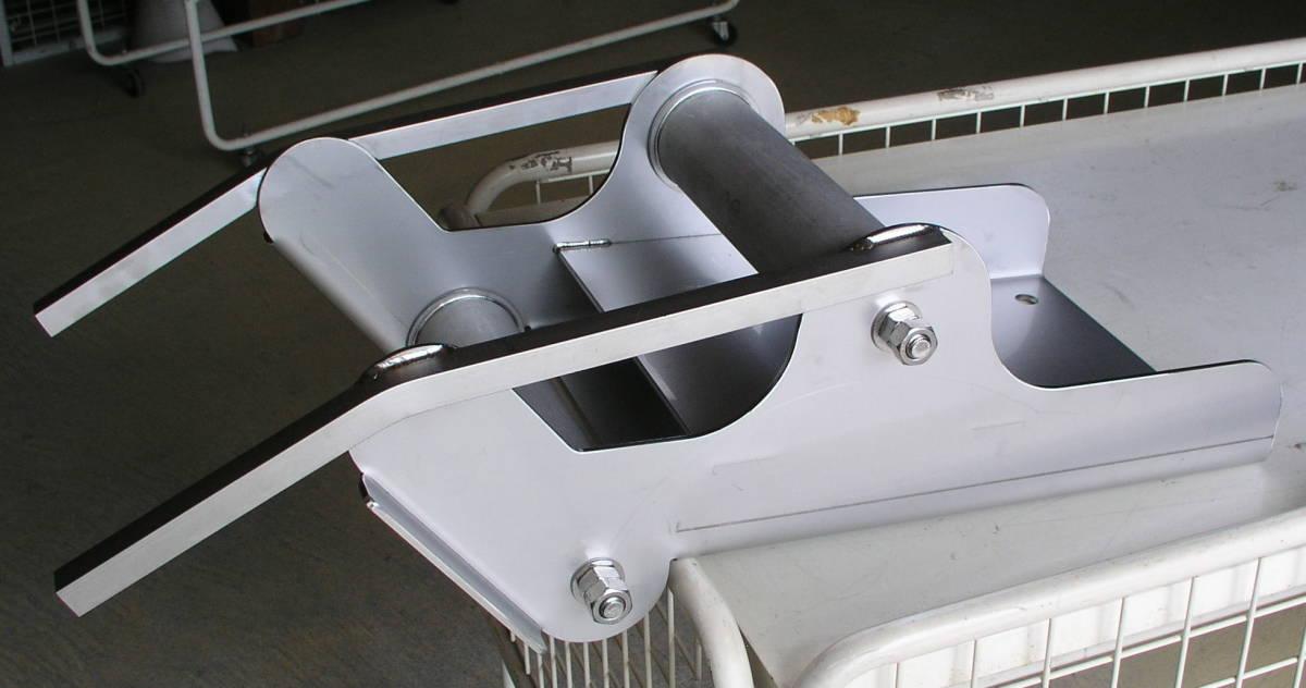 「新型製作 オートイカリ アンカーデービット ONK-2強力タイプ改 オールステンレス アンカーローラー 」の画像1