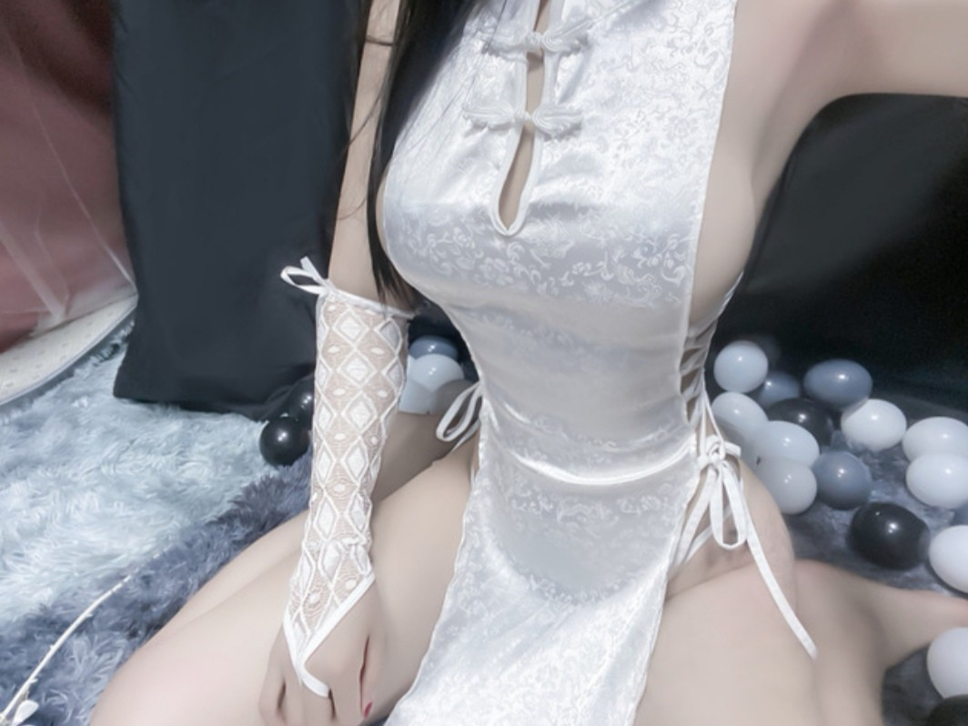 D-17☆セクシーランジェリー☆コスプレ衣装☆スリッド入りチャイナドレス☆ホワイト_画像3