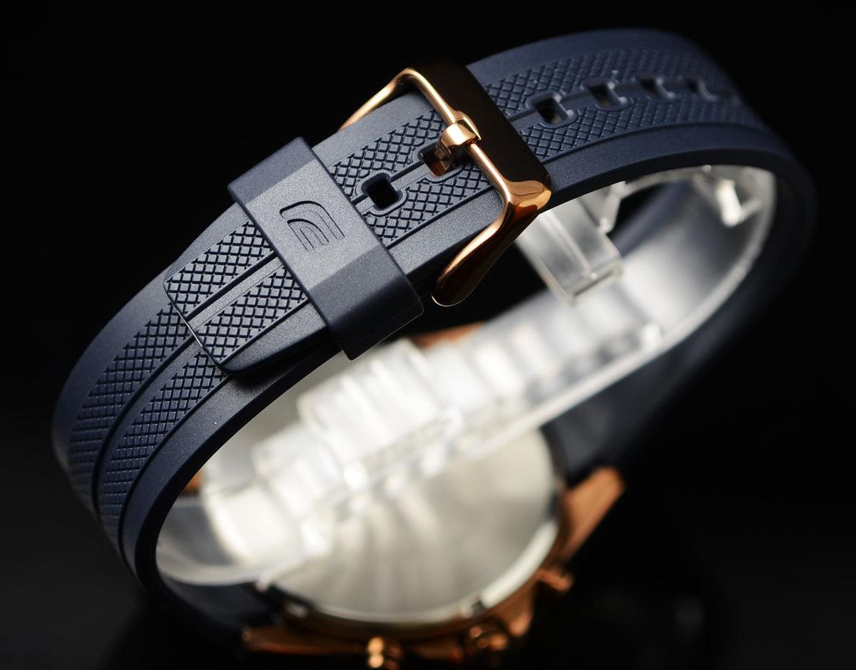 1円開始 カシオ 逆輸入EDIFICE 深みあるダークブルー&豪華ブロンズ 100m防水クロノグラフ 日本未発売 CASIO未使用メンズ カシオ腕時計_スポーティなラバーストラップ