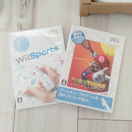 Wii本体、Wii Fit、Wiiマリオカート、Wii Sports、他 まとめ売り
