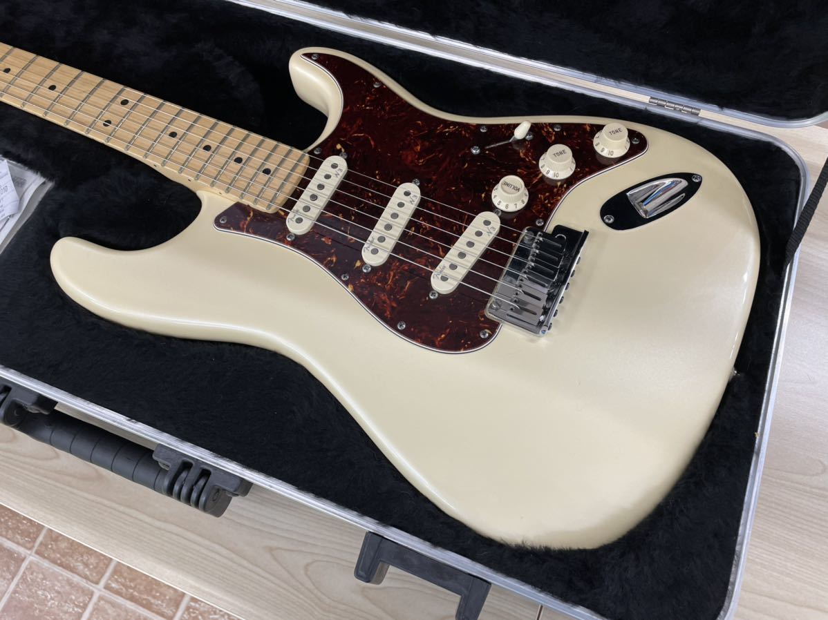 Fender USA American Deluxe Stratocaster N3 Olympic Pearl_画像2