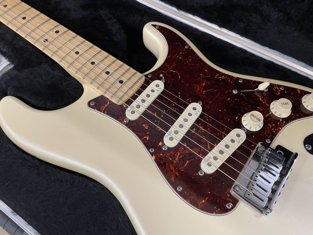 Fender USA American Deluxe Stratocaster N3 Olympic Pearl_画像3