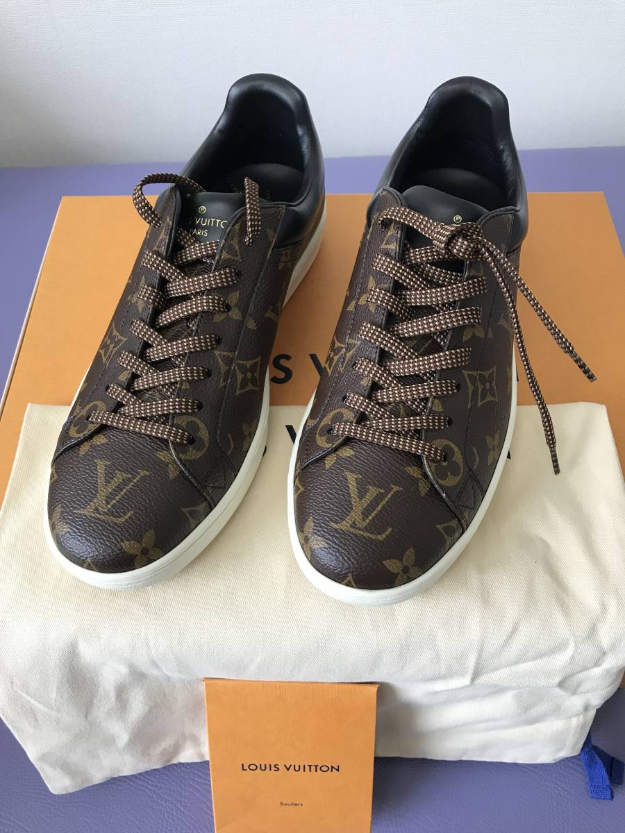 ルイ・ヴィトン LOUIS VUITTON ルクセンブルグ・ライン スニーカー 靴 LVサイズ6.0 新品 未使用_画像1