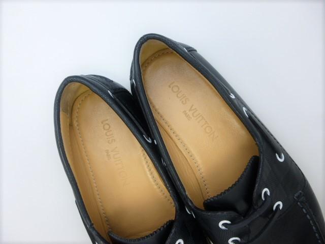 ◆本物保証◆ルイ・ヴィトン◆夏◆メンズ/モカシン/スニーカー/ローファー/レザー/デッキ/シューズ/革/靴/ネイビー/26~26.5cm☆★美品★☆_総革仕立てのインナーが足を包みます♪