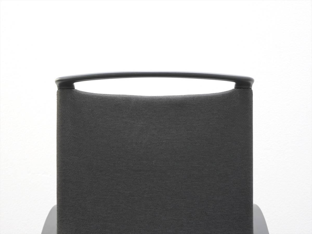 【送料無料】【中古】【テレワーク】オカムラ モード 肘付 クッションタイプ 5本脚 ミックス ブラック_画像10
