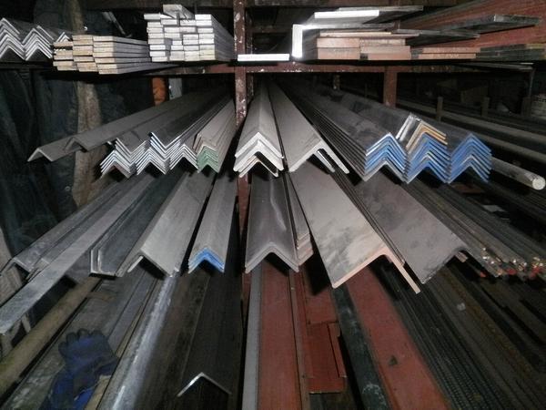 鉄 等辺アングルL形材(材質SS400)黒皮材 寸法 切り売り 小口 販売加工 F40_画像2