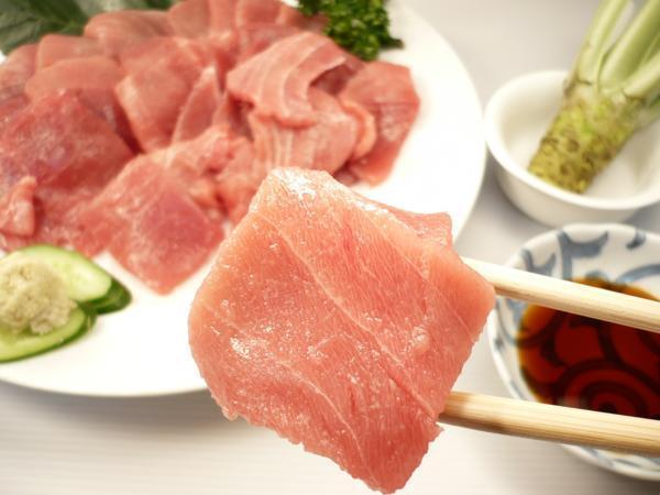 1【Max】訳あり バチマグロの切り身!海鮮丼に最高です! 1円_中トロ部分も含まれております!