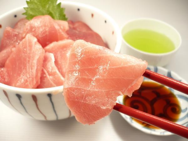 1【Max】訳あり バチマグロの切り身!海鮮丼に最高です! 1円_ぜひこの機会にご入札にご参加下さい!