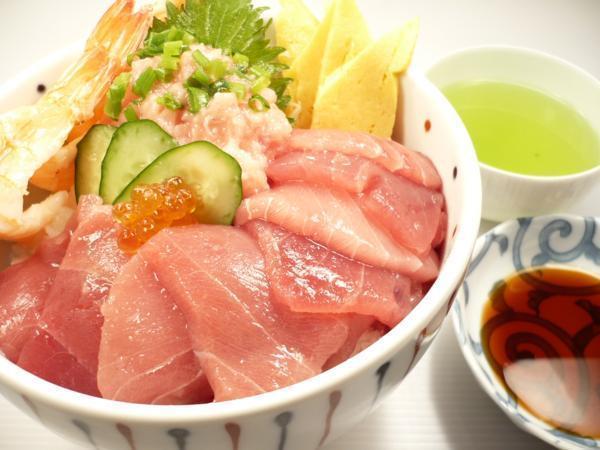 1【Max】訳あり バチマグロの切り身!海鮮丼に最高です! 1円_鉄火丼も5人前は軽く出来ます!