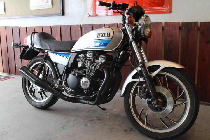 「1980年モデル ヤマハ XJ550 外装ニューペイント 新規3年お付けできます」の画像3