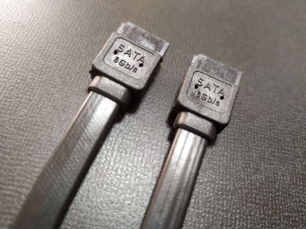 SATAケーブル SATA3 6Gbps対応 ラッチ付きケーブル 10本