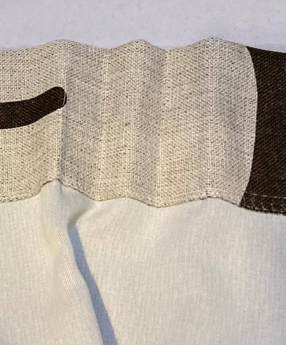 スミノエ 3級遮光カーテン オーダーメイドサイズ 幅123cm×丈178cm*2枚 モリノキ Dブラウン 1.5倍ヒダ フック付き 中古一部訳あり_画像4