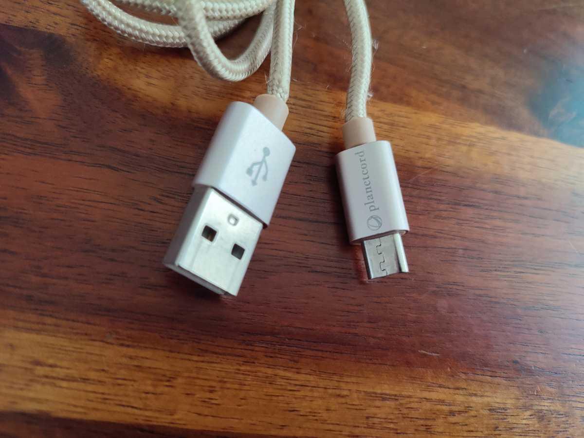 USBケーブル microUSB type-a 充電ケーブル 140cm ゴールドカラー CABLE _画像2