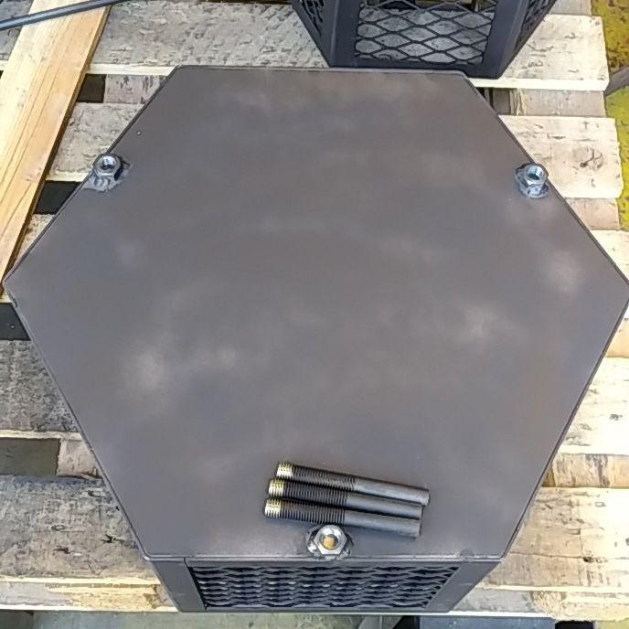 焚き火台 五徳付き 六角形 オリジナル 自作 鉄製  ヘキサ 焚火台