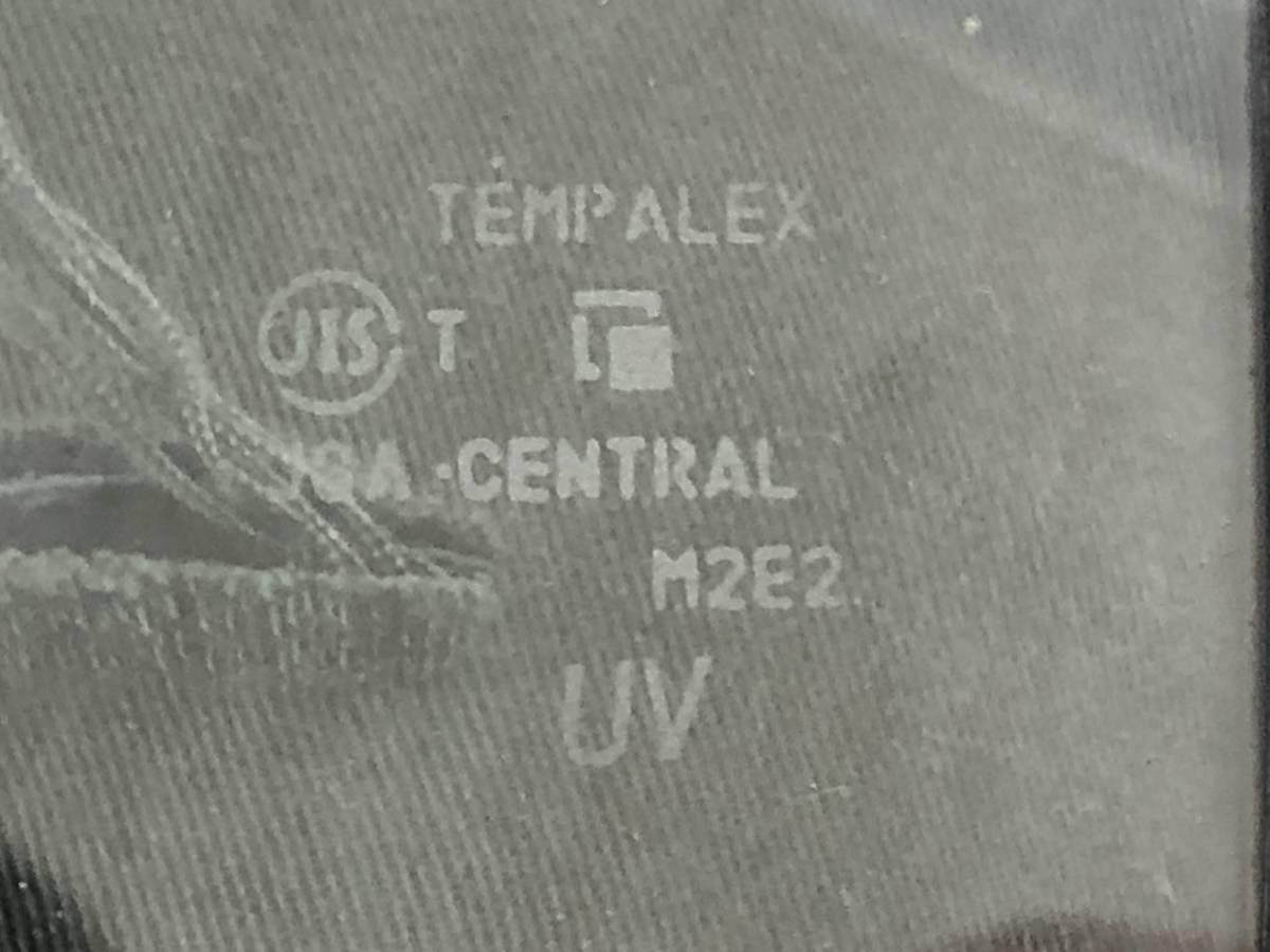 _b63629 マツダ AZワゴン カスタムスタイルXS DBA-MJ23S ウィンドウガラス 三角窓 フロント 右 F/RH 運転席側 M2E2 スティングレー MH23S_画像2