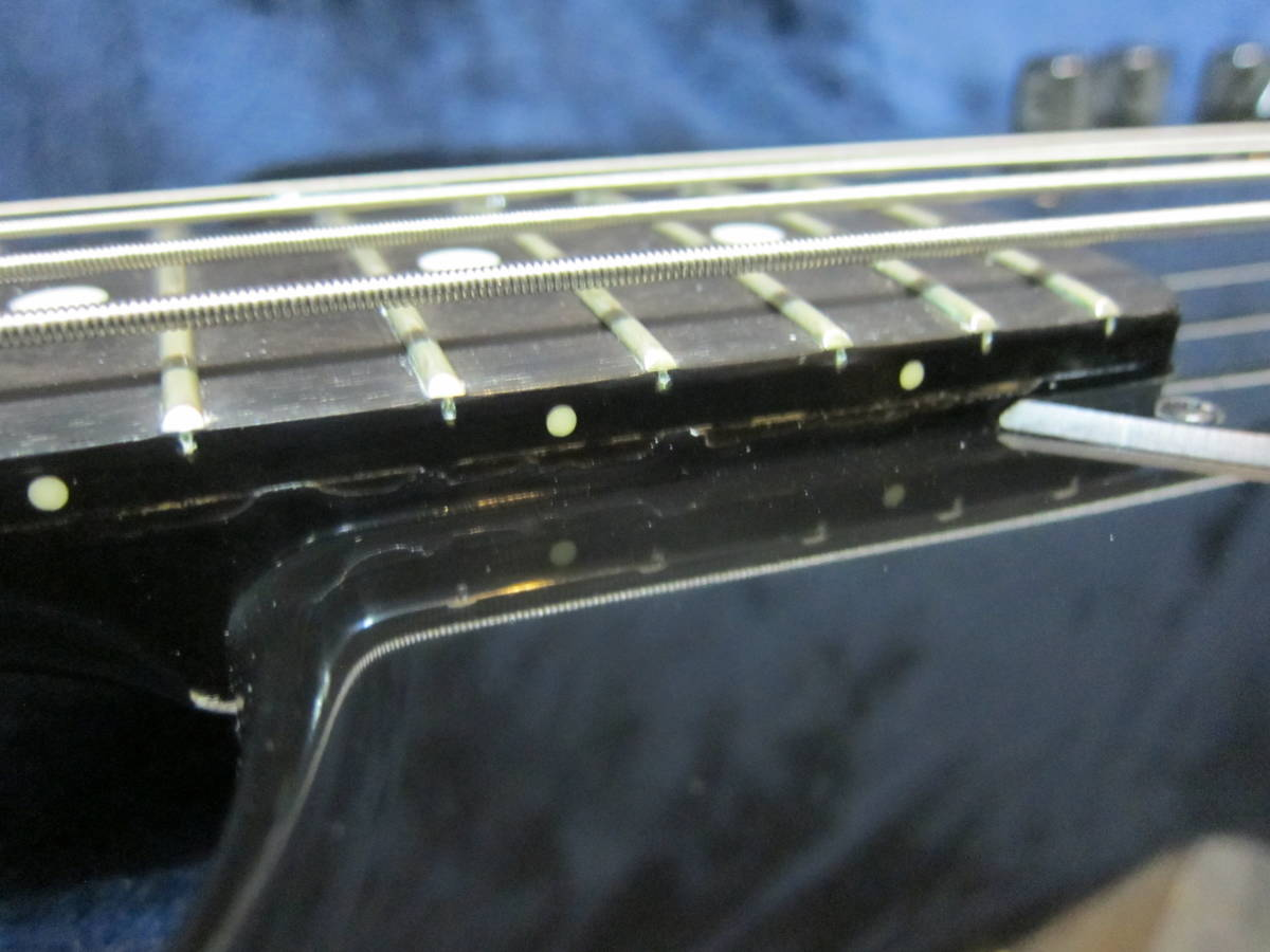 thumbnail 9 - Prompt decision  Musicman USA Sterling Limited Edition Black Onyx  Compact Sting
