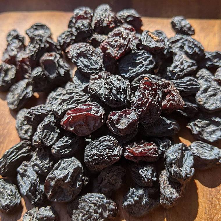 【BI】 ドライフルーツ ブラックレーズン 220g 黒レーズン 無添加 砂糖不使用 ノンシュガー レーズン 干しブドウ 干しぶどう_画像1