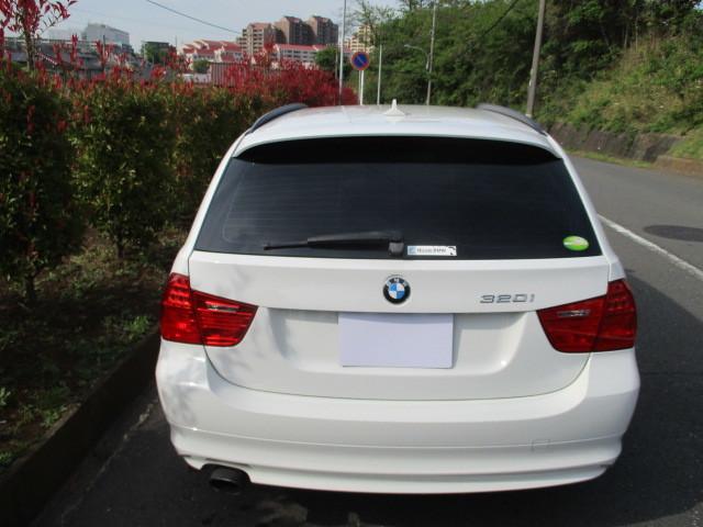 「BMW320i ツーリング 後期」の画像3