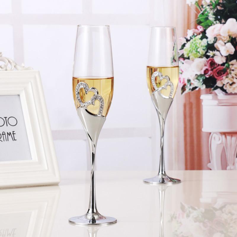 おうちで乾杯☆シャンパングラス2ピース フルート ワイン ギフト プレゼント 結婚 記念日 おしゃれ ハート ラインストーン シルバー DD352_画像1