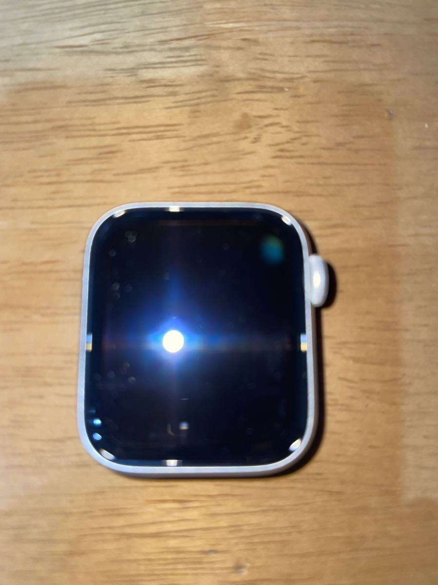 Apple Watch Series 5 GPS+Cellularモデル 40mm シルバーアルミニウムケースとホワイトバンド(MWX12J/A)_画像1