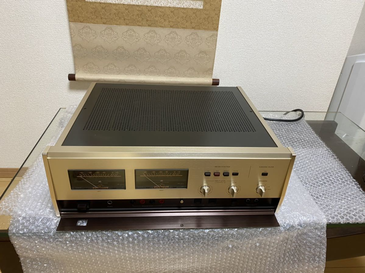 Accuphase :MODEL:P-300Lパワーアンプ _画像2