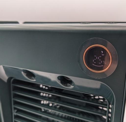 【グリーン】卓上冷風機 冷風機 残量デジタル表記 ミスト 機能 冷風扇 【新品】扇風機 小型 自動首振り USB充電式 ライト付き 3段階調整_画像8
