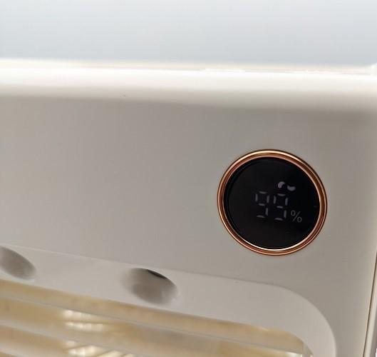 【ホワイト】卓上冷風機 冷風機 残量デジタル表記 ミスト機能 冷風扇 【新品】扇風機 小型 自動首振り USB充電式 ライト付き 3段階調整_画像9