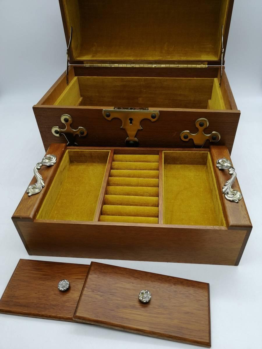 h2363 アクセサリーケース ジュエリーボックス 宝箱 トレジャーボックス 宝石箱 現状品_画像4