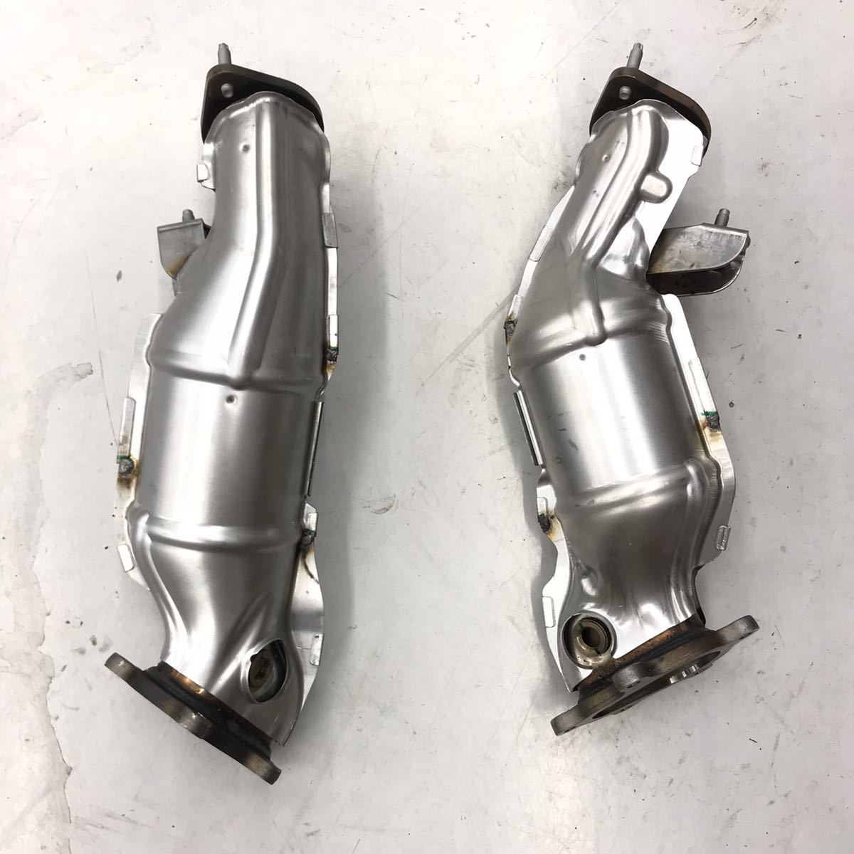 日産 R35 GT-R 触媒 VR38 MY14 新車外し 純正戻しに 素材 白金 ロジウム パラジウム マフラー フロントパイプ 棚落ちなし