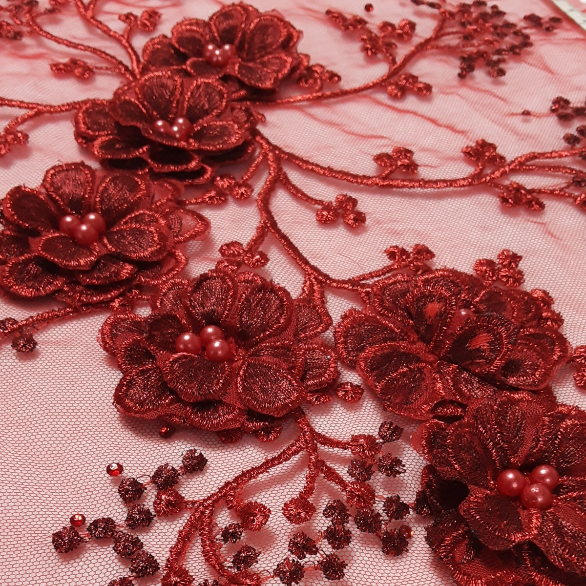 ハンドメイド刺繍花モチーフ