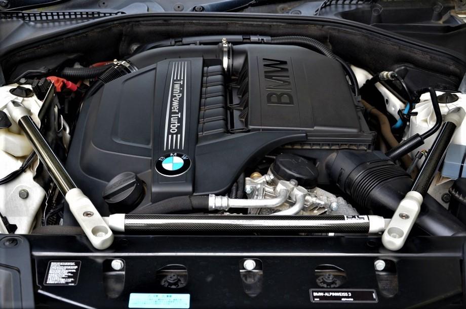 24年カスタム535i Mスポーツ ブレンボ6POD 車高調 スタビ サブコンピューター スロコン マフラー 鍛造21インチアルミ他 4,5点極上車_サブコンチューニングDOHC6気筒ターボEG