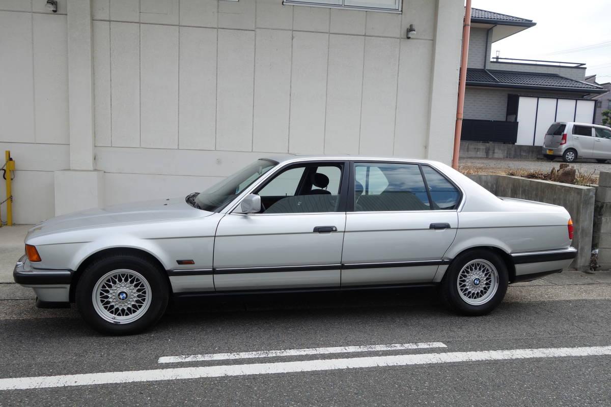 「H6/12 BMW 740iL★84200㎞ 車検R4/10★左ハンドル V8/4.0L サンルーフ」の画像3