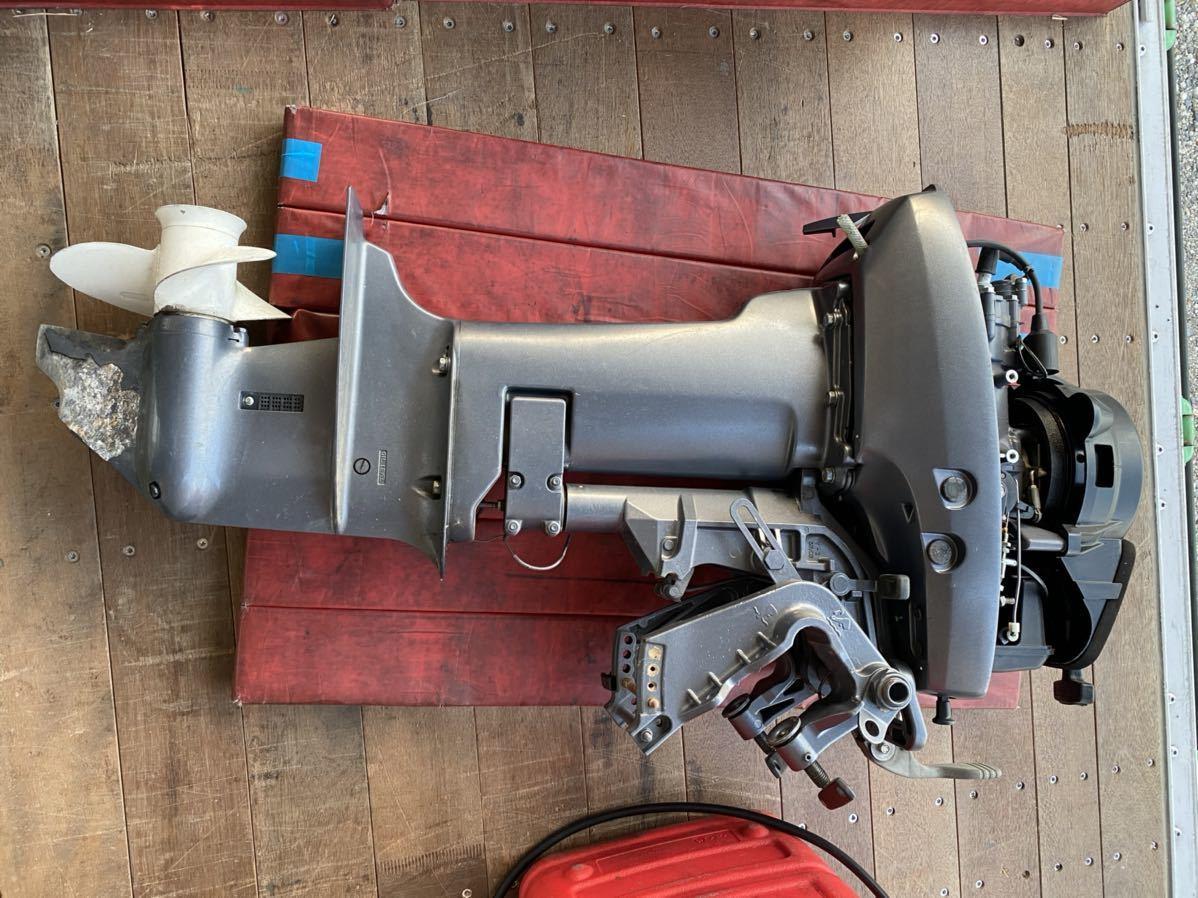 引取のみ!! 中古 ヤマハV-MAX Jr 15HP(15馬力)中古 燃料タンク接続ホース付き_画像2