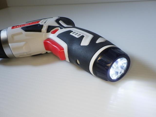 コンパクト!◆KUROMATSU【充電式 電動ドライバー】44ビット付◆トルク調整機能&LEDライト付_画像8
