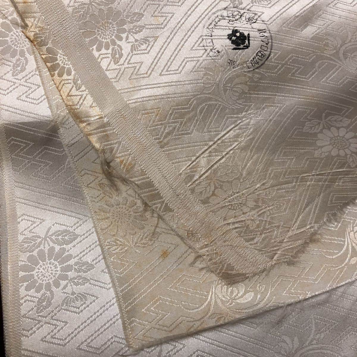 着物 長襦袢 裏地生地 リメイク 和装小物 インテリア お人形の着物等にリメイク ハンドメイド素材 つまみ細工 パッチワーク