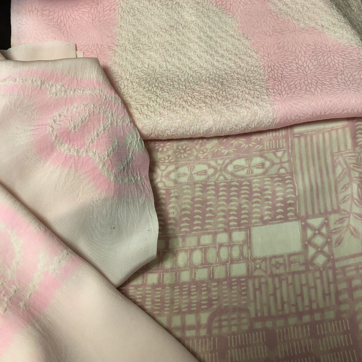 着物の長襦袢 裏地 はぎれ 和装小物 人形着物にリメイク 着物はぎれ パッチワーク ハンドメイド素材