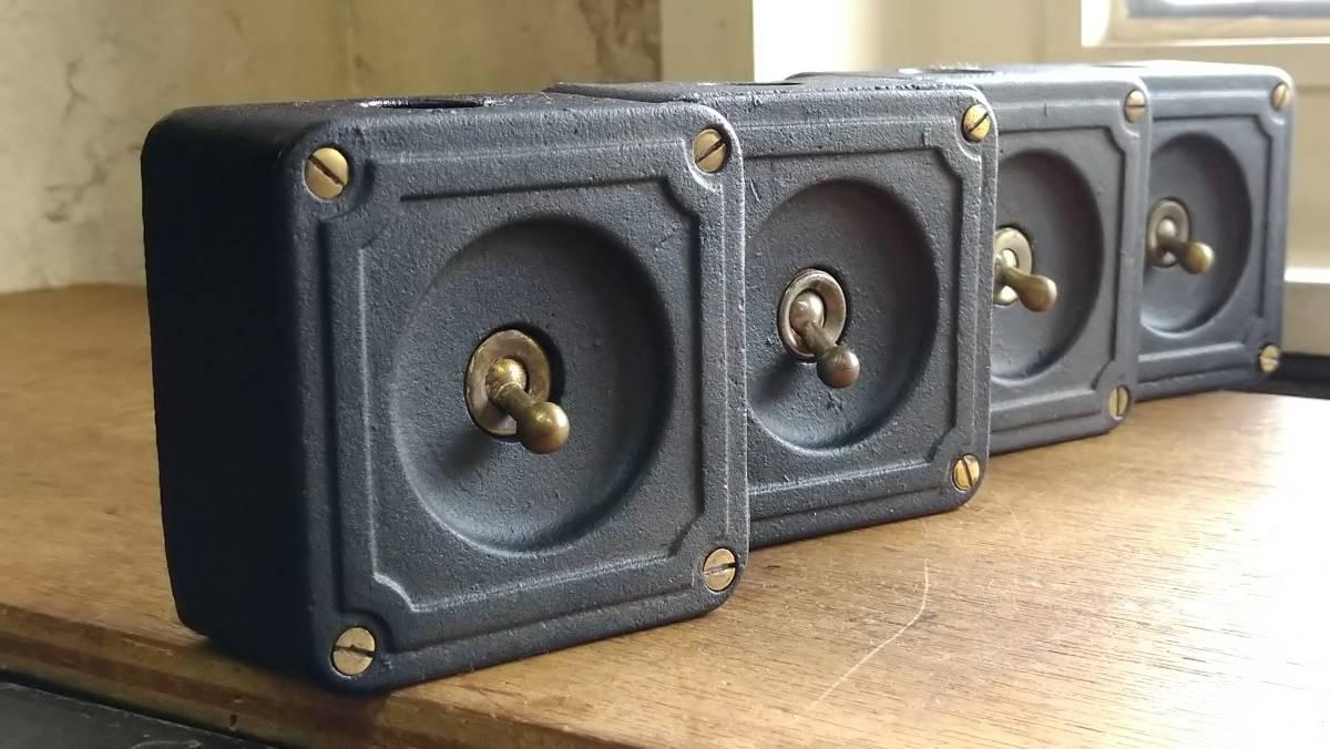 ビンテージ インダストリアル スイッチ スクエアマットブラック vintage industrial switch Made in England_画像1
