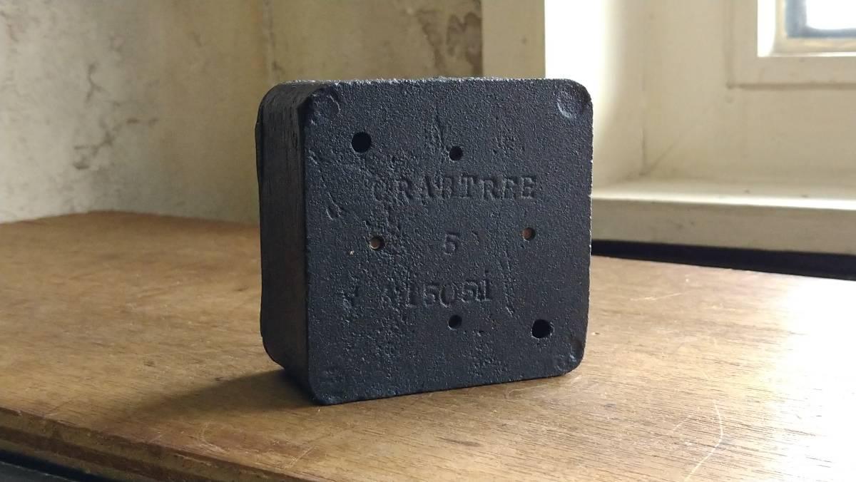 ビンテージ インダストリアル スイッチ スクエアマットブラック vintage industrial switch Made in England_画像4
