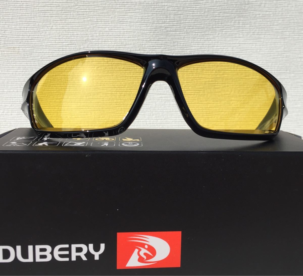 新品 DUBERY 偏光サングラス 釣り、スポーツに UV400 軽量 イエローレンズ