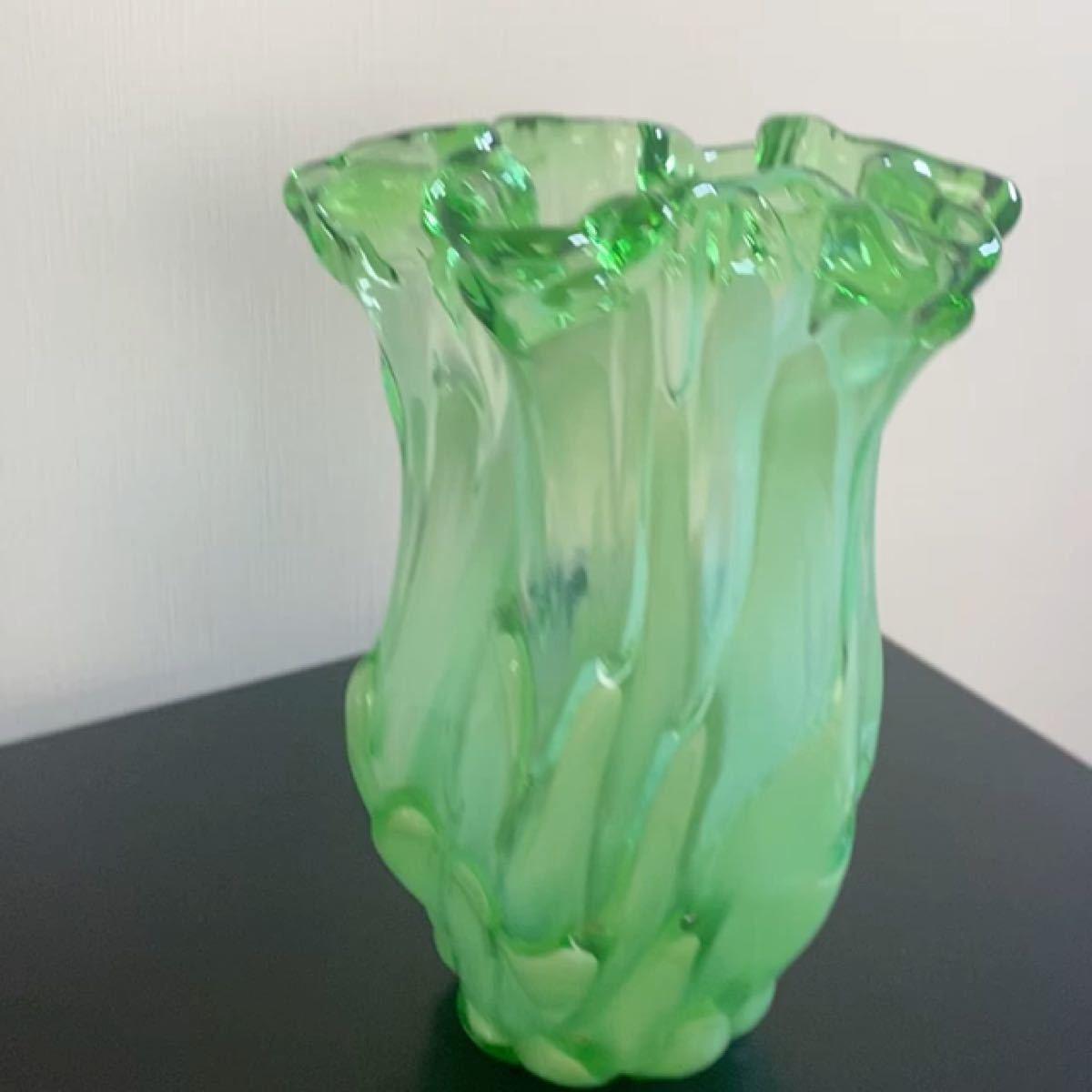花瓶 花器 フラワーベース ガラス インテリア オブジェ 緑色 昭和 レトロ
