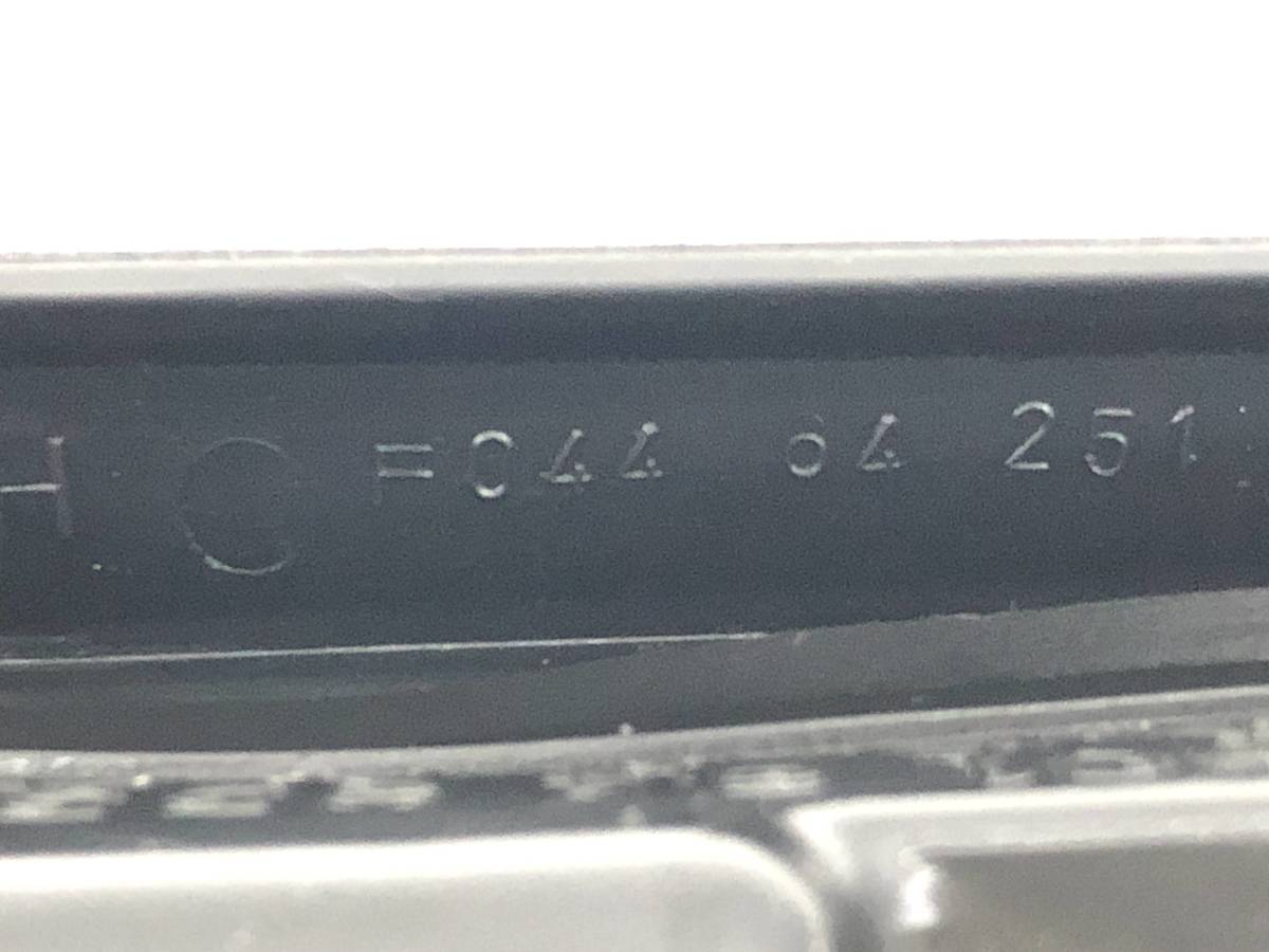 _b61180 マツダ サバンナRX-7 E-FC3S エアコン吹出口 ルーバー 運転席側 RH トリム カバー 内装 FD8 F044-64-251 FC3C_画像3