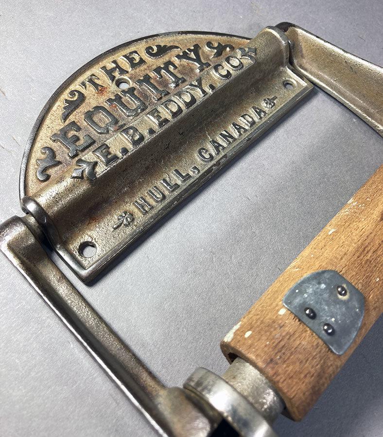 1890's アンティーク トイレットペーパーホルダー/アイアン/ビンテージ/ランプ/o.c.white/カントリー/ドアノブ/店舗什器/照明/シャビー/鏡_画像1