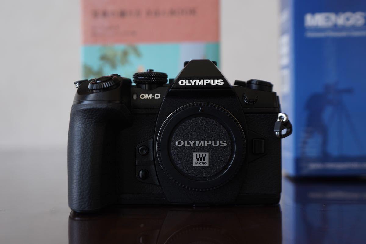 【新品級】OM-D E-M1 markⅡ バッテリー×3 L字プレート アルカスイスクランプ これから本格的にカメラ始める方へ vlog カメラ