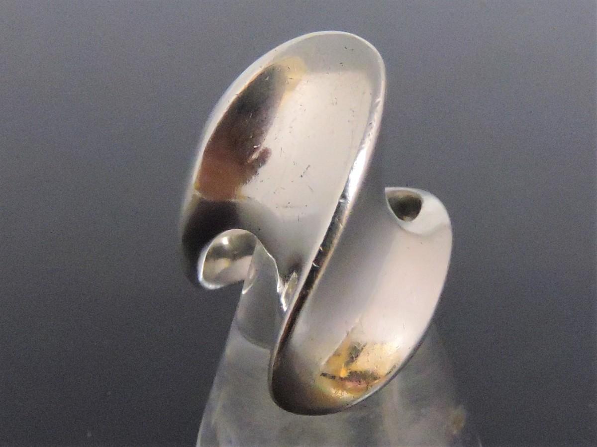 シルバー 銀製 指輪 リング ウェーブ モダンアート風 16号_画像1