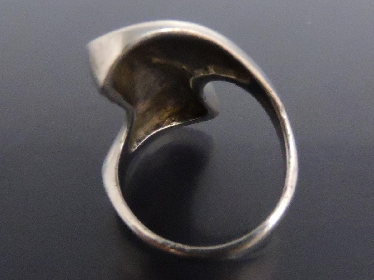 シルバー 銀製 指輪 リング ウェーブ モダンアート風 16号_画像2