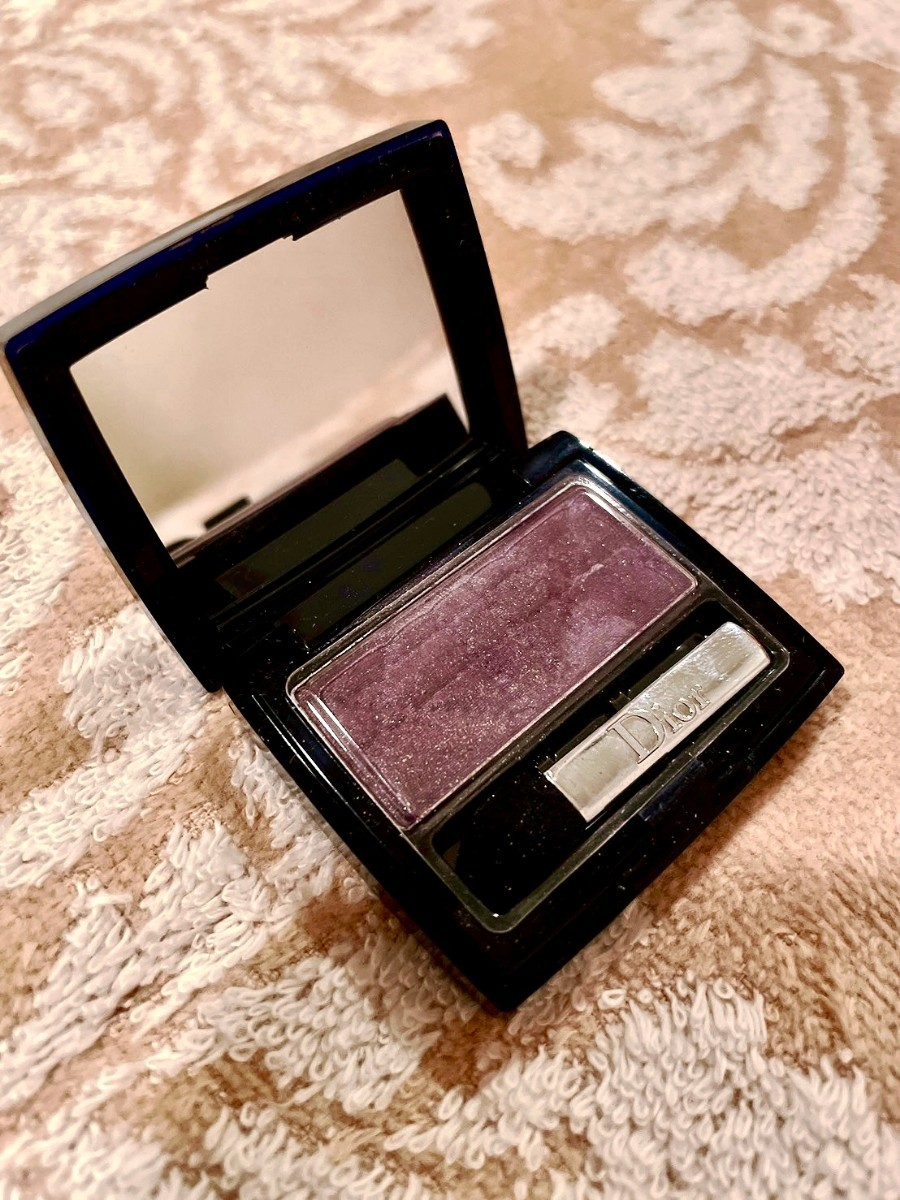 お得セット  CHANEL Christian Diorの人気単色アイシャドウ2点セット☆  Diorアンクルール